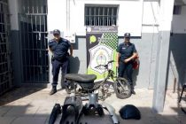 ROBAN UNA MOTO A ENFERMERA DEL HOSPITAL Y LA POLICÍA LA ENCUENTRA TOTALMENTE DESMANTELADA