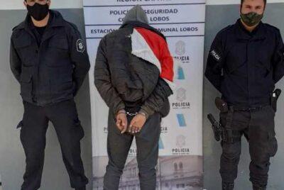 LA POLICÍA DETUVO A UN SUJETO QUE COMETIÓ DESTROZOS EN VARIAS VIVIENDAS Y AUTOMÓVILES