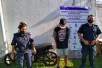 EN UNA PERSECUCIÓN POLICIAL SE DETUVO A UN JOVEN EN MOTO ROBADA