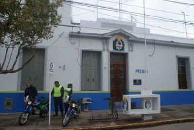 LA POLICÍA IDENTIFICÓ A VARIAS PERSONAS QUE PARTICIPABAN DE REUNIÓN CLANDESTINA EN LA CHICANA
