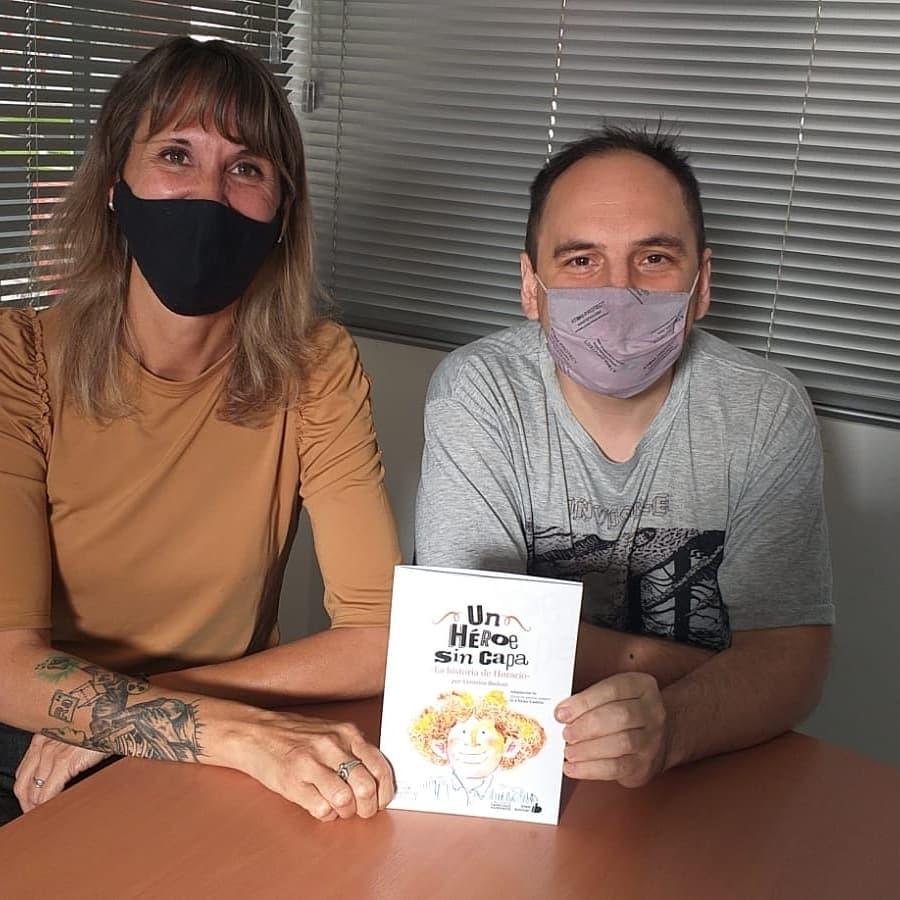DOCENTE DE BOLIVAR ESCRIBIO «UN HEROE SIN CAPA», CUENTO INFANTIL SOBRE HORARIO ECHAVE